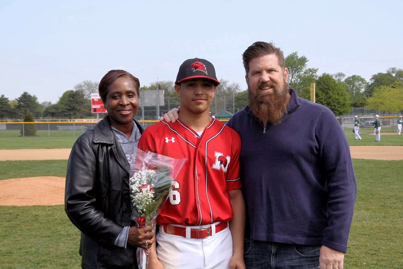 Baseball_Senior_Night